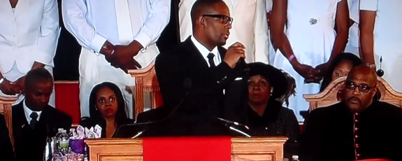 RKellyWhitneyHoustonFuneral