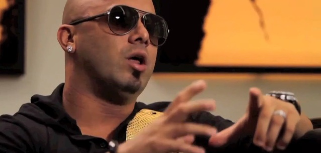 Interview- Wisin & Yandel @ Accesso Total Latino (Walmart) (PRESS USE ONLY)