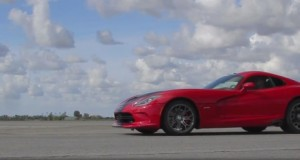 Video: 2013 Dodge Viper SRT GTS