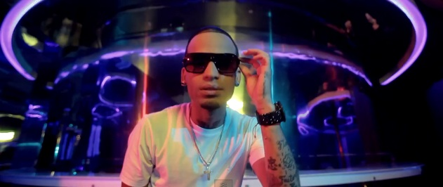 Zion Ft. Arcangel - Ella Me Dice (Official Video)