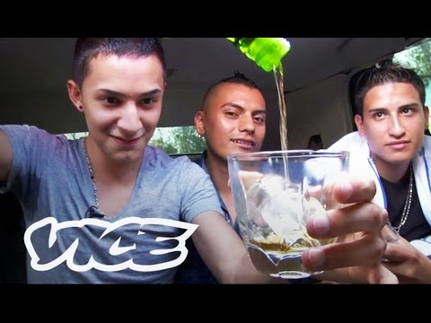 "Documentary: Cumbiaton (Reggaeton & Cumbia) DJ Group ""Under Style"""