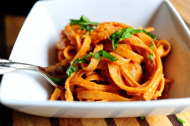 Pasta with Tomato Creme Sauce